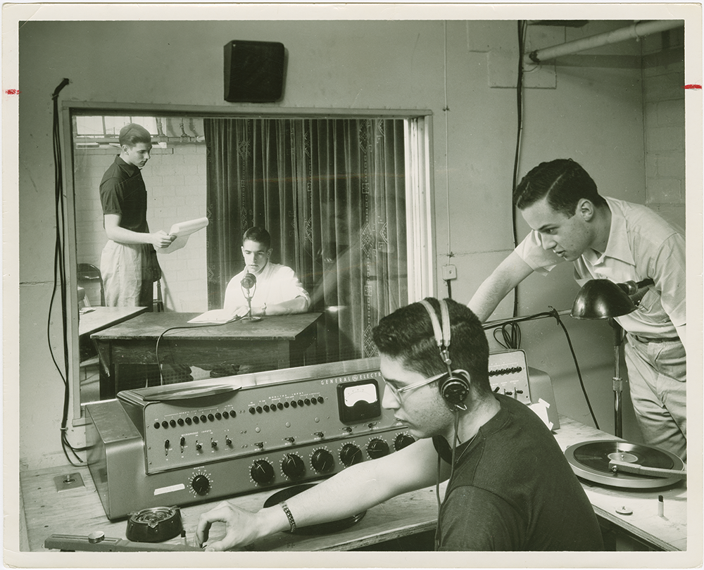 Colgate students in the WRCU studio in 1956