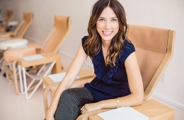 Sarah Gibson Tuttle '02 in a salon chair