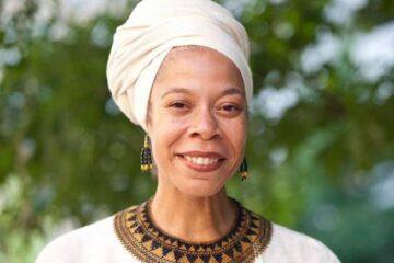 Portrait of Tracey Hucks