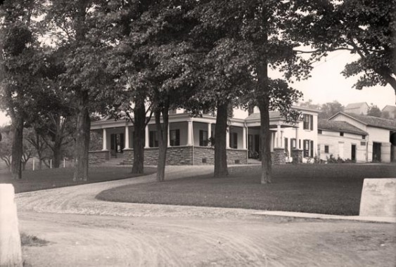 Archival photo of what is now the Seven Oaks clubhouse