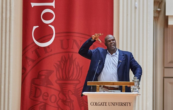 Adonal Foyle speaks at homecoming 2015.