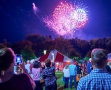 Colgate alumni enjoy reunion fireworks
