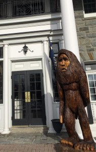 Carving of sasquatch outside the Colgate Inn