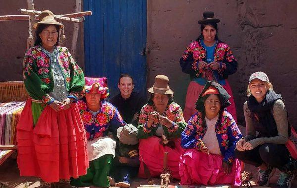 Elise Bronzo with a group of women in Coyamaya, Peru