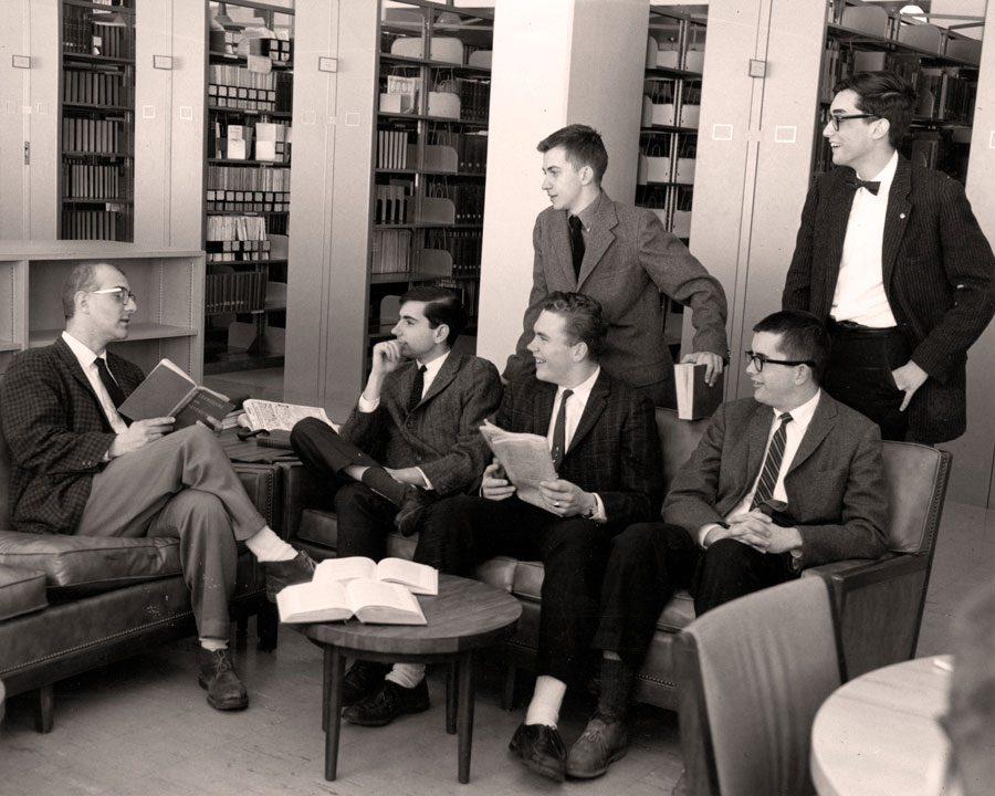 Colgate's Quiz Bowl team meets in the library
