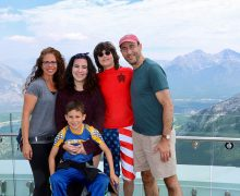 Julie (Rosenbaum) Skolnick '90 and family