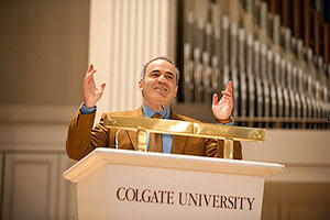Kasparov speaks in Colgate Memorial Chapel