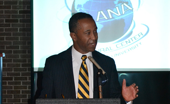 Garfield Smith '85 delivered the keynote address and facilitated the awards ceremony at this year's ALANA Spring Soiree.