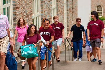 New students moving in