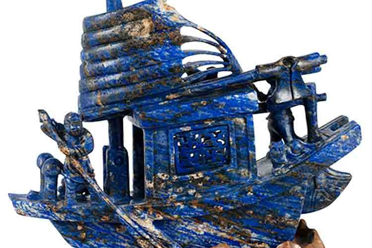 lapis-ship sculpture